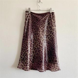 ザラ(ZARA)のヒョウ柄 フレアースカート(ひざ丈スカート)