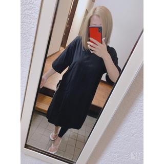 アズールバイマウジー(AZUL by moussy)のAZUL by moussy アズール スリットVネックドレスTシャツ ブラック(Tシャツ(半袖/袖なし))