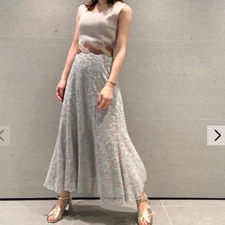 Lily Brown - 総刺繍カットドッキングワンピース