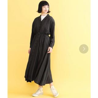 メルロー(merlot)のメルロー くるみボタン 開襟ワンピース 黒(ロングワンピース/マキシワンピース)