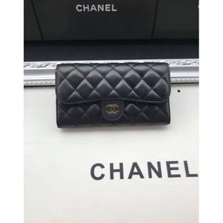 CHANEL - シャネル折 り畳み財布