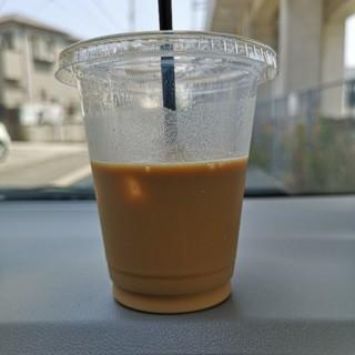 飲みかけカフェオレ
