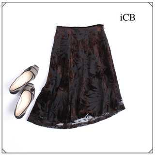 アイシービー(ICB)のiCB ★フロッキー刺繍 アシンメトリーヘム スカート 7号(S) 茶 (ひざ丈スカート)