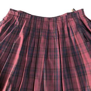 アルファキュービック(ALPHA CUBIC)のアルファキュービック  赤 フレアスカート(ひざ丈スカート)