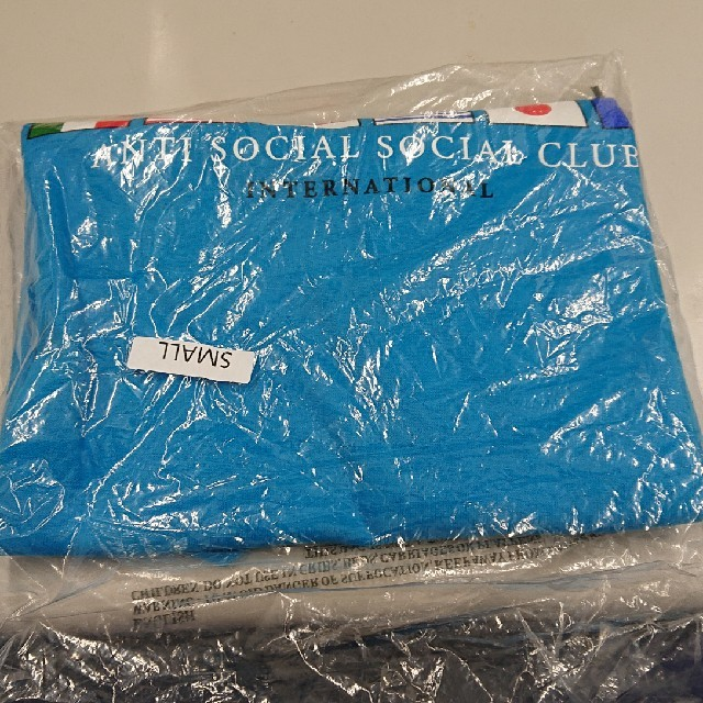 ANTI(アンチ)のANTI SOCIAL SOCIAL CLUB   Tシャツ レディースのトップス(Tシャツ(半袖/袖なし))の商品写真