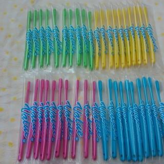 ☆お得な40本セット☆ 歯科専売 Value歯ブラシ 4色カラー(歯ブラシ/デンタルフロス)