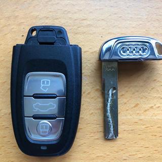 AUDI - Audi  A4 アドバンスキー