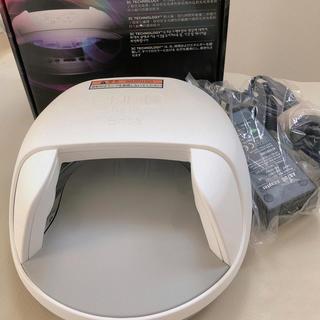 CND - CNDシェラックLEDライト、ベース&トップコート、ブリザライト セット売り