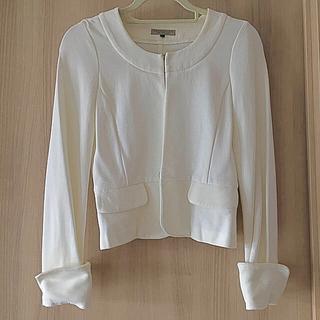 プロポーションボディドレッシング(PROPORTION BODY DRESSING)の白ジャケット(ノーカラージャケット)