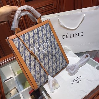 セリーヌ(celine)のCeline toteトートバッグ(トートバッグ)