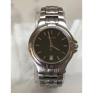 グッチ(Gucci)のGUCCI  メンズ腕時計 9040M 黒文字盤(腕時計(アナログ))