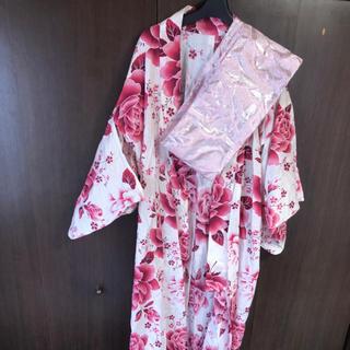 エミリアウィズ(EmiriaWiz)の薔薇柄 帯付き浴衣 新品未使用(浴衣)