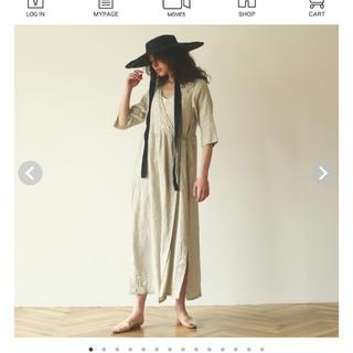 シールームリン(SeaRoomlynn)のsearoomlynn新品カシュクールlinen刺繍ドレス ナチュラル(ロングワンピース/マキシワンピース)