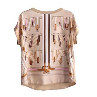 エルメス(Hermes)のスカーフ地と夏ニットの高品質マダムカットソー(カットソー(半袖/袖なし))