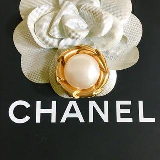 シャネル(CHANEL)の正規品 シャネル イヤリング 片方 ゴールド パール 真珠 フラワー チェーン(イヤリング)