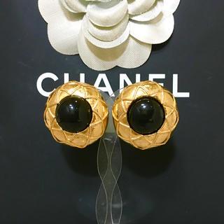 シャネル(CHANEL)の正規品 シャネル イヤリング マトラッセ ゴールド ブラック 金 フラワー 花(イヤリング)
