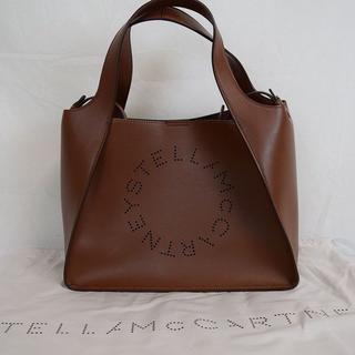 ステラマッカートニー(Stella McCartney)の新品・未使用】STELLA MCCARTNEY ロゴクロスボディバッグブラウン(ボディバッグ/ウエストポーチ)