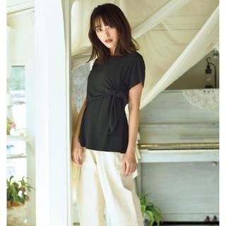 シマムラ(しまむら)のしまむら 近藤千尋 Tシャツ ブラック リボン(Tシャツ(半袖/袖なし))