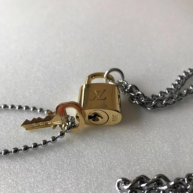 LOUIS VUITTON(ルイヴィトン)のLOUISVUITTON パドロック カデナ 南京錠 鍵有り 309  メンズのアクセサリー(ネックレス)の商品写真