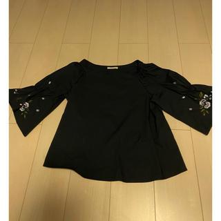 アベニールエトワール(Aveniretoile)のAveniretoile 袖刺繍 トップス(カットソー(長袖/七分))