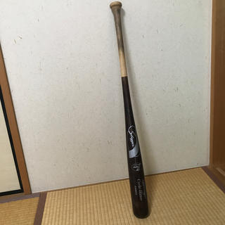 クボタスラッガー(久保田スラッガー)のスラッガー 木製バット 元プロ使用品 NPBマーク入り(バット)