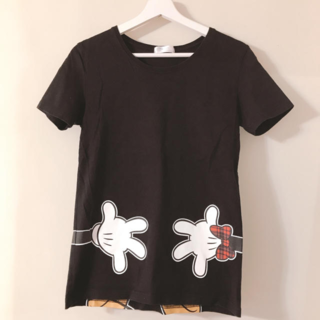 ディズニー(Disney)のバックプリントが可愛い半袖Tシャツ Mサイズ ミニーちゃん(Tシャツ(半袖/袖なし))