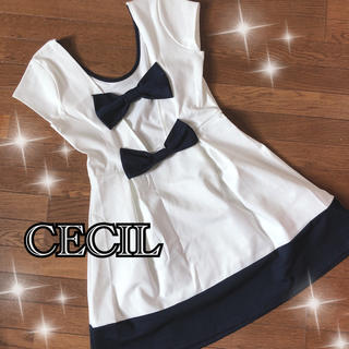 CECIL McBEE - セシルマクビー リボンワンピース セクシーワンピ 上品ワンピ デートコーデ 激安