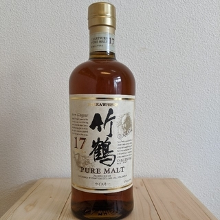 ニッカウイスキー(ニッカウヰスキー)の竹鶴17年ピュアモルトウイスキー(たくみ様専用)(ウイスキー)
