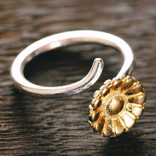 [silver925]印象的なお花のリング☆シルバー素材(リング(指輪))