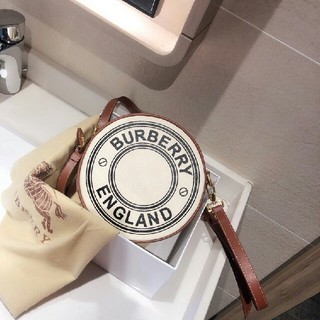 BURBERRY - バーバリーチェックショルダーバッグ