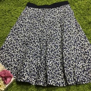 アマカ(AMACA)の美品アマカAMACA レディフレアスカート(ひざ丈スカート)