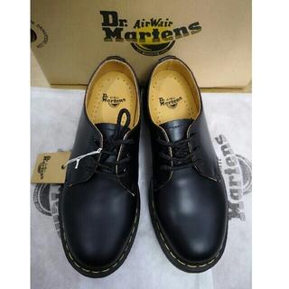 ドクターマーチン(Dr.Martens)のドクターマーチン UK8  Dr.martens 靴 1461 3ホール 極美品(ドレス/ビジネス)
