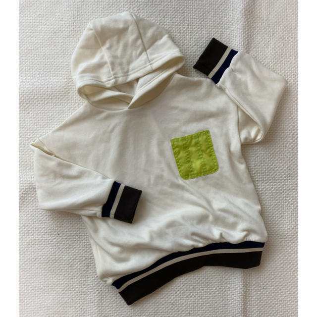 Branshes(ブランシェス)の新品 branshes 110 パーカー キッズ/ベビー/マタニティのキッズ服男の子用(90cm~)(ジャケット/上着)の商品写真