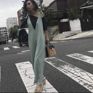 アメリヴィンテージ(Ameri VINTAGE)の✨美品✨ameri リボンサロペット(サロペット/オーバーオール)