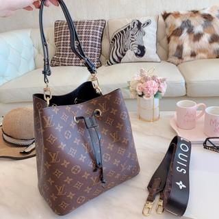 LOUIS VUITTON - ♡★♡★手提げ袋♡★♡★