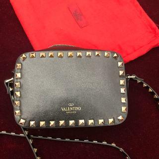 VALENTINO - 美品 VALENTINO スタッズショルダーバッグ