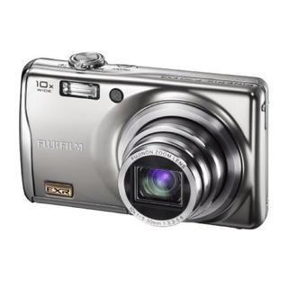 フジフイルム(富士フイルム)のFUJIFILM FinePix F70EXR SILVER(コンパクトデジタルカメラ)