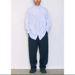 コモリ(COMOLI)の【18AW/新品】comoli シャツ サックス SAX サイズ 3(シャツ)