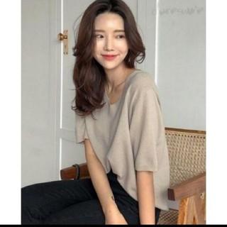 ジーユー(GU)のシンプル5分袖TシャツVネック無地夏ゆったりカジュアル(カットソー(半袖/袖なし))