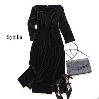 シビラ(Sybilla)のシビラ★艶感♪ベロア ロングワンピース 裾スリット 美シルエット 42(L) 黒(ロングドレス)