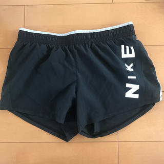 NIKE - NIKE ランニングパンツ 未使用品