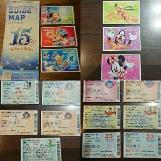 ディズニー(Disney)の【翌日発送】使用済 ディズニーリゾート パスポート 17枚セット(遊園地/テーマパーク)