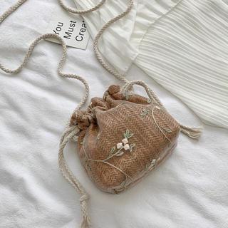 ザラ(ZARA)のナチュラル花柄刺繍巾着ショルダーバック(ショルダーバッグ)