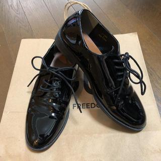 ジーユー(GU)のGU エナメル シューズ ローファー Sサイズ 22.5cm(ローファー/革靴)