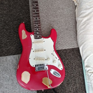 Squier by fender (made in USA)  ストラト(エレキギター)