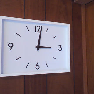 ムジルシリョウヒン(MUJI (無印良品))の新品◆無印良品 ◇ 駅の時計・電波ウォールクロック・アイボリー 掛時計★⌘◉♭(掛時計/柱時計)