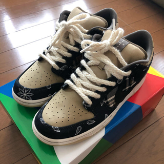 NIKE - nike dunk sb low travis scott 28cm