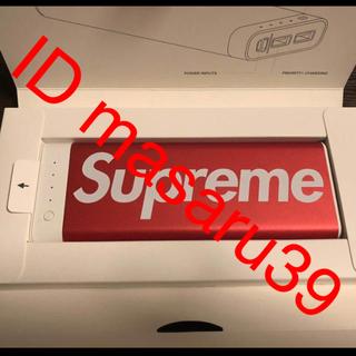 シュプリーム(Supreme)のsupreme  スマートフォン USB充電器(バッテリー/充電器)