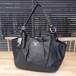 PRADA - 美品 プラダ ワンショルダーバッグ 肩掛け カーフレザー ブラック シルバー 黒