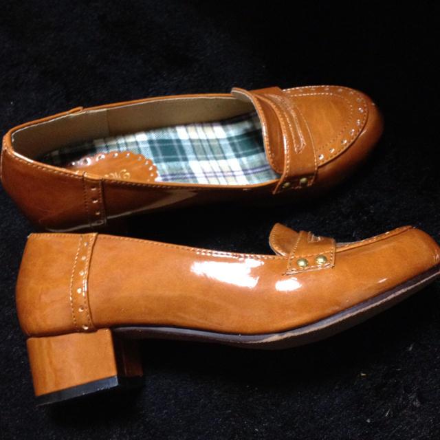 キラメルブラウンエナメルシューズ レディースの靴/シューズ(ハイヒール/パンプス)の商品写真